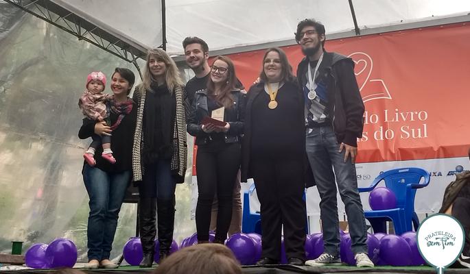 Entrega dos prêmios do Concurso Literário
